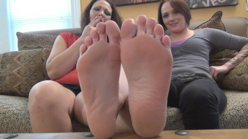 Dream and Mandy Tall Big Feet Compare