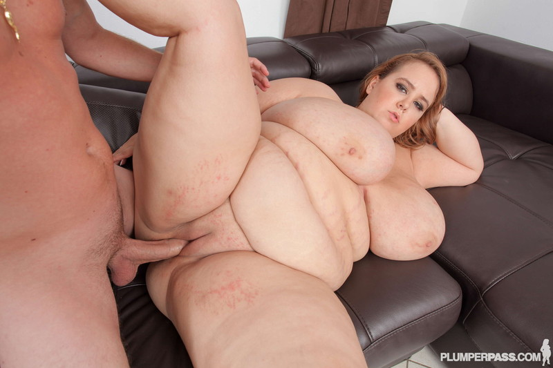 Minnie Mayhem   Busty BBW dream Fitness Porno 720P