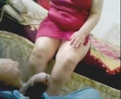 لابسه قميص نوم نار ويا جوزها ترضع زبره وهيجانه كيفته نياكه وصورها