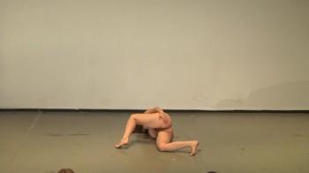 Celebrity Content - Naked On Stage - Page 4 Cdvnlnf6anux