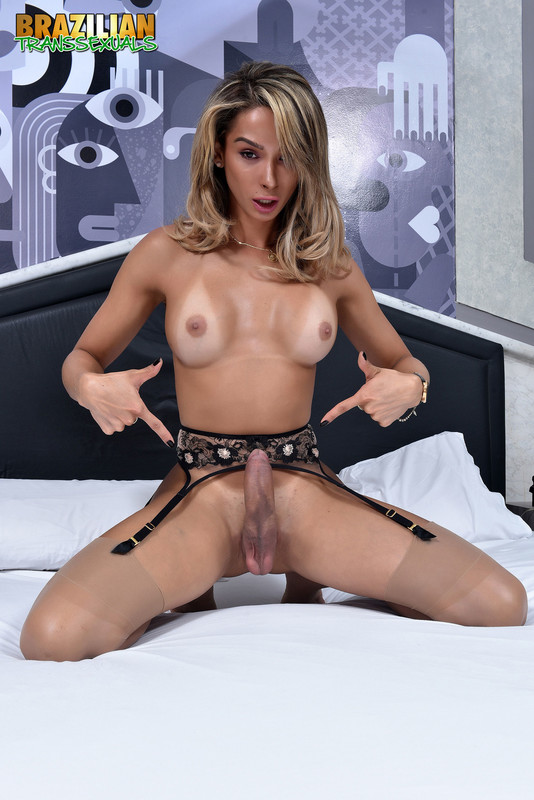 Sexy Bianca Hills New Solo (20 March 2018)