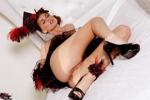 http://img27.imagetwist.com/th/14434/txlatw6v5637.jpg