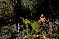 Kyla Cole - Jean Shorts Outdoors 16vbsniyja.jpg