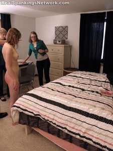 Roxie Is Yanked From The Shower And Spanked - image4