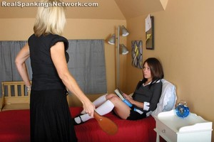 Claire Does A Poor Job - image3