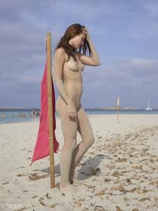 Jenna-Red-Flag-Ibiza--d6sc6t3htc.jpg