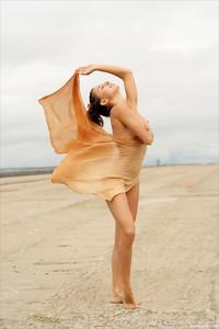 Obsession-Stretch-It-Out-5--76v50qrosl.jpg