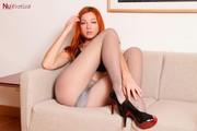 Elen Moore - Panthose Stripm6kxgsit0l.jpg