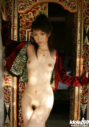 Kurumi-Morishita-Lovely-Asian-Model-Poses-For-Hot-Shots--j6s8sqdh2o.jpg