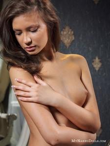 Irina-Preciosa-Irina--46sspj4cvj.jpg
