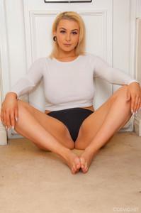 Jade-Taylor-Jades-White-Shirt--36st5fkekp.jpg