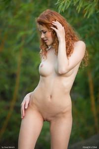 Heidi-Romanova-Extremely-Attractive--f6xkbe3imw.jpg